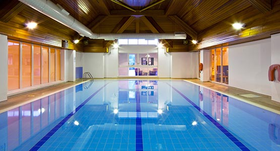 Hotels Near Paultons Park With Swimming Pool