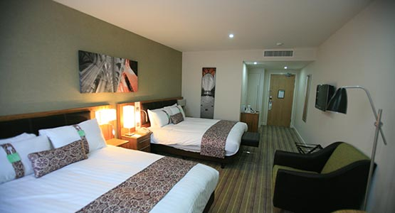 Holiday Inn Winchester - room