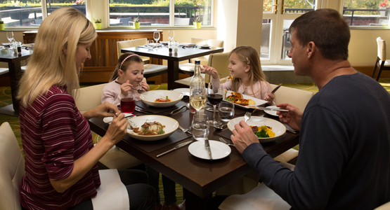 Meon Valley Marriott Hotel & Country Club - restaurant