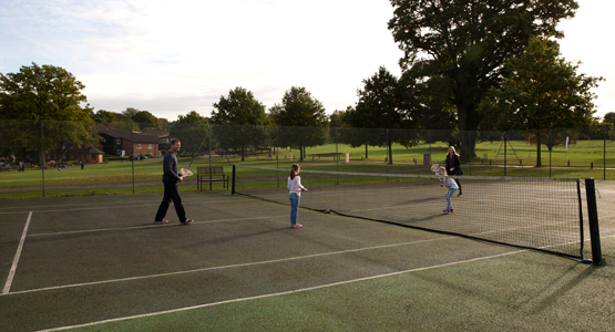 Meon Valley Marriott Hotel & Country Club - tennis